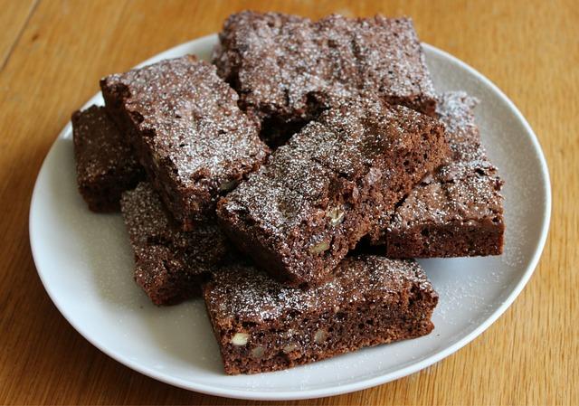 chocolate-brownies-668624_640