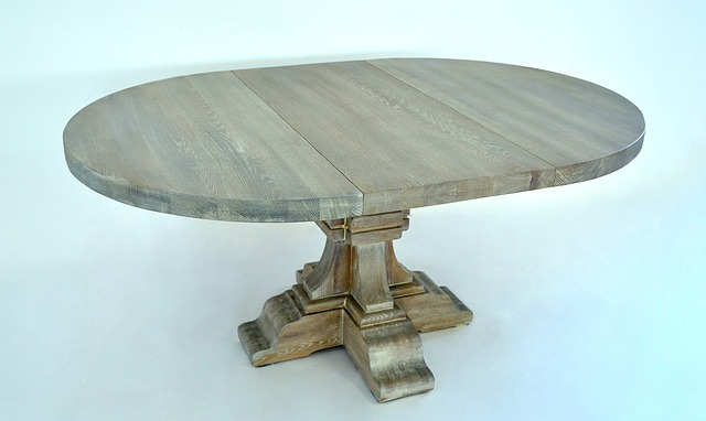 oval-table-repair-scratch
